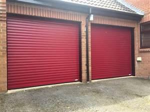 Roller garage doors automatic roller doors rolux uk for Largeur porte garage double