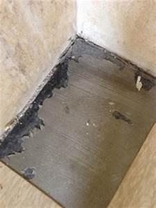 Vinyl Asbest Platten : vinyl fliesen auf schwarzer bodenplatte ~ Buech-reservation.com Haus und Dekorationen