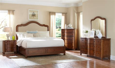 Fontana Broyhill Bedroom Furniture Broyhill Bedroom
