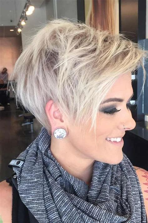 The coffee will cause a darker tint in your hair, which basically makes the gray disappear for a week or so, depending on how often you wash your hair. 2020 的 Gray Lace Wigs Coffee Hair Dye For Grey Hair 主题