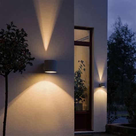 Aussenbeleuchtung Wege Waende Und Garten Optimal Ausleuchten by Au 223 Enbeleuchtung Wege W 228 Nde Und Garten Optimal