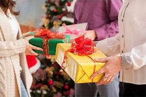 8 Tips for Holiday Gift Giving in the fice