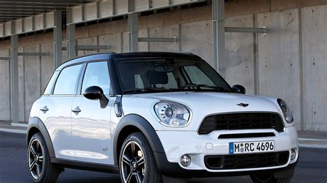 2018 Mini Cooper S Countryman Pictures Information And
