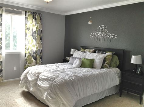 Schlafzimmer Wand Grau by 15 Best Collection Of Gray Wall Accents