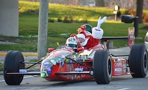Santa's Arrival In Indianapolis | Indy's Child Magazine