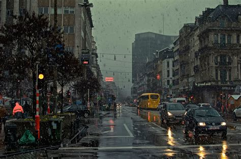 Rain in City HD Wallpaper   I HD Images