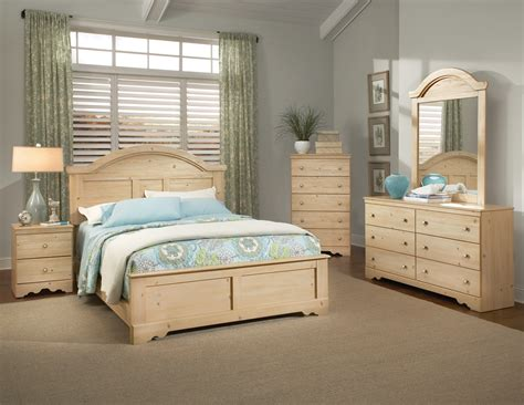 Pine Bedroom Furniture Sets Kith Perdido Light Pine