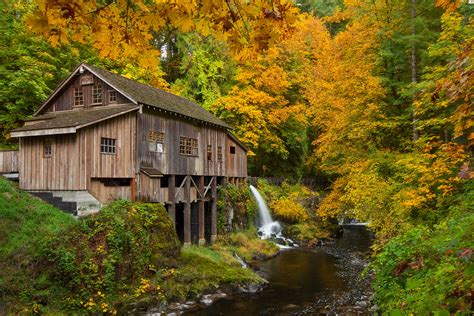 cedar creek grist mill pretty standard shot   mill