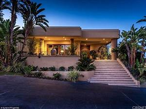 Tommy Lee relists six-bedroom Calabasas mansion, with ...