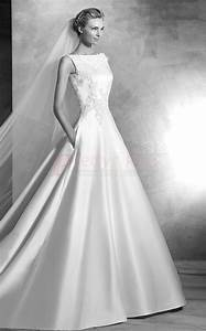 2017 style chapel train low back boat neck ball gown With boatneck wedding dress