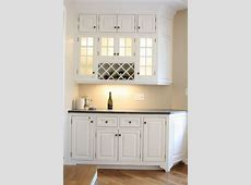 lockingliquorcabinetKitchenTraditionalwithbuiltin