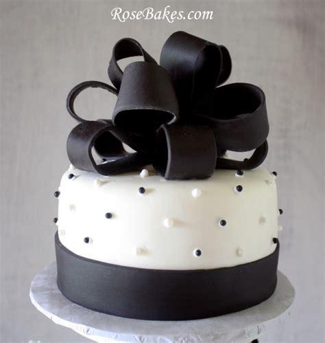 black white wedding cake  cupcake tower cakes
