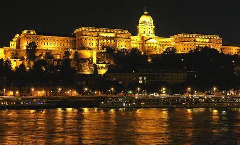 castles    visit  europe hand luggage