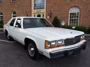 1989 Ford Ltd Crown Victoria 5 0l V8  1