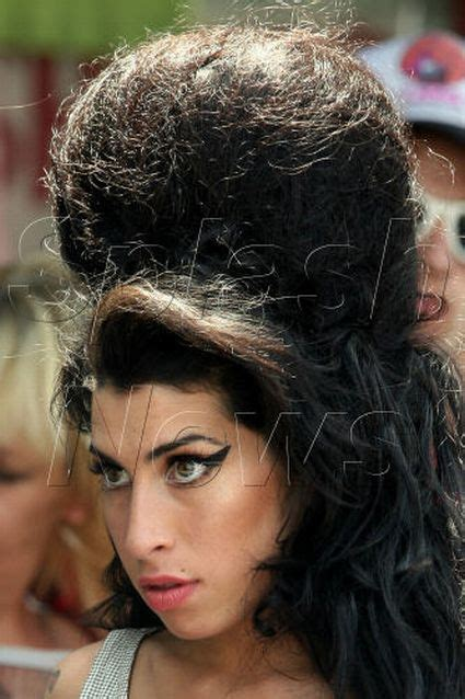 beehive amy winehouse hairstyles hair hairstyle beehives nest haircut rats rat worst hairdo needs nairaland signature without trends fame hollywood