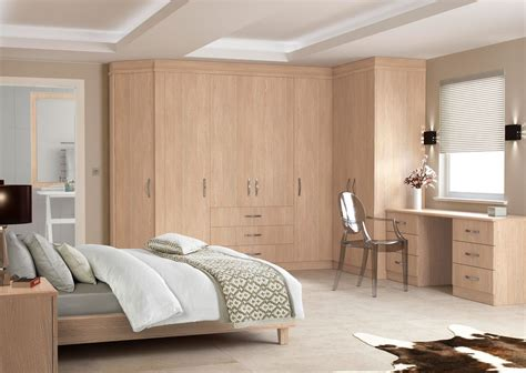 Fitted Bedroom Ideas For Small Rooms by Modern Fitted Bedroom Furniture Greenvirals Style