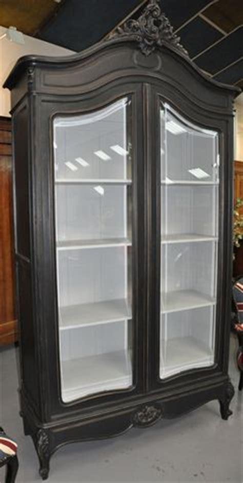 fabricant meuble cuisine allemand 1000 idées sur armoires grises sur gris