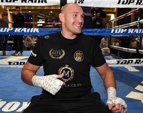 """Tyson Fury revealed his emotional text with """"competitor ..."""