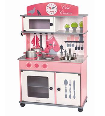 jouets cuisine cuisine jouet en bois quot côté cuisine quot janod les dégourdis