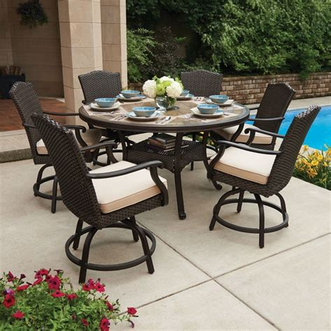 member s heritage 7 balcony height dining set