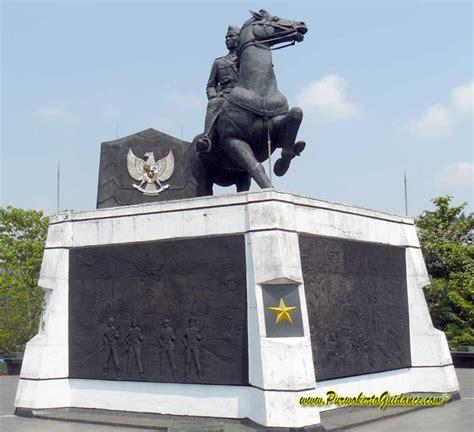 monumen museum panglima besar jenderal soedirman laman