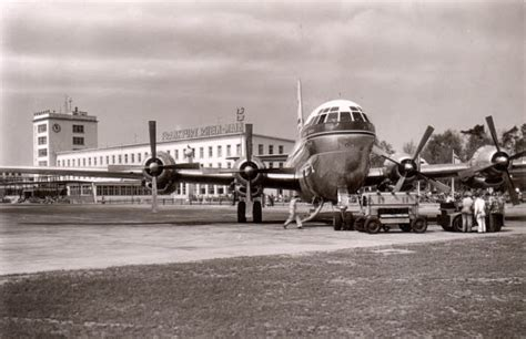 Pan Am Postcards, Boeing 377