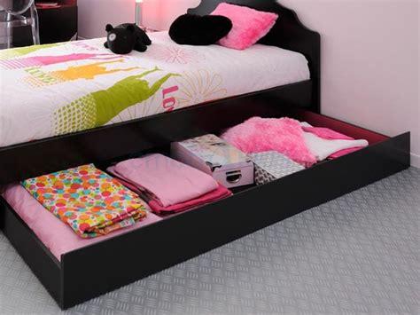 place du lit dans une chambre place du lit dans une chambre lit enfant original pour