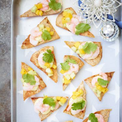 beautiful canapes recipes prawn mango and cucumber on crispy pitta chips canapés