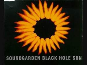 Black Hole Sun- Soundgarden - YouTube