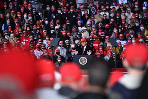 trump fox rallies host confronts rally wisconsin president thousands packed covid