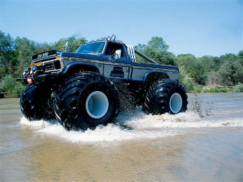 bigfoot monster truck madesu blog bigfoot monster truck pictures