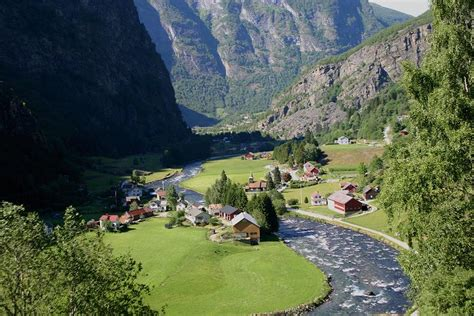 Flam Valley A Photo From Sogn Og Fjordane South Trekearth