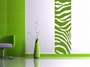 Wandgestaltung Mit Farbe Beispiele : wandbanner mit zebramuster raumhoch ~ Markanthonyermac.com Haus und Dekorationen