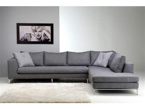 Divani Design Online In Pelle