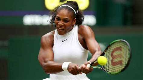 wimbledon results serena williams survives scare