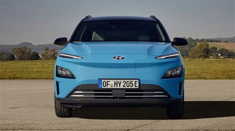 Pick a generation from 2017 to 2021 and get all the information on the hyundai's size. 2021 Hyundai Kona Electric: Specs, Price, Features, Facelift
