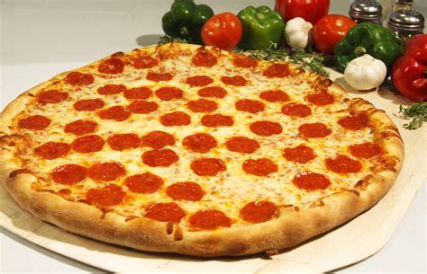 The Pepperoni Pizza Recipe And Preparation
