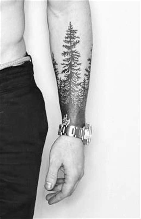 tatouage arbre bras