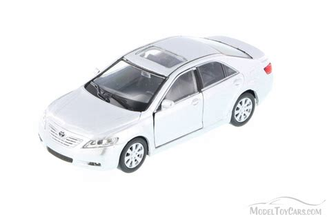 Toyota Camry, Silver