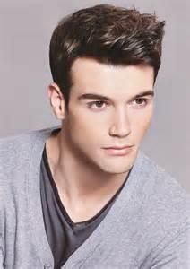 coupe de cheveux homme 2015 court coiffure homme cheveux court choisissez la coupe la mieux adaptée