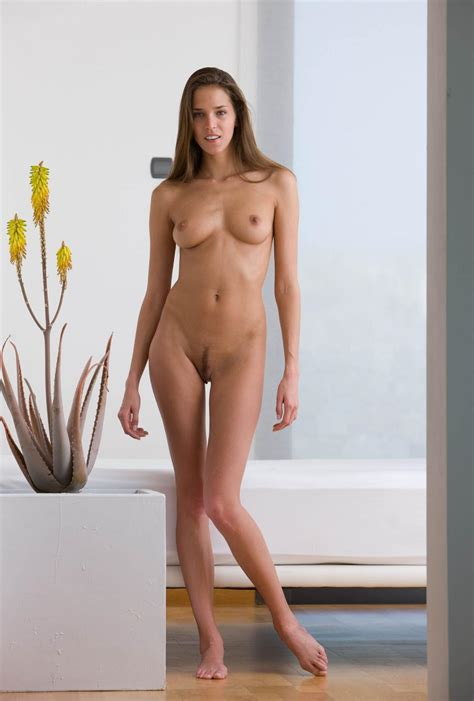 Babe Silvie Deluxe With Toes Tgp Gallery 200375