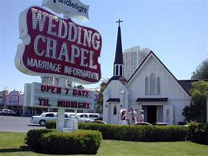 Celebrate at the best wedding chapel in las vegas nevada for Las vegas wedding chapel packages