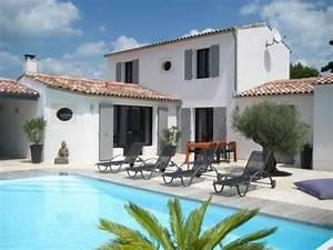 belle villa avec piscine exterieur retais sur l39ile de re With jardin autour d une piscine 8 menuiserie exterieure platelage de piscine terrasse bois