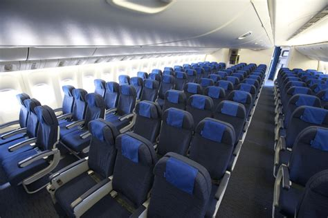 Boing 777 Interior by United Airlines Boeing 777 New Economy Cabin Interior Flickr