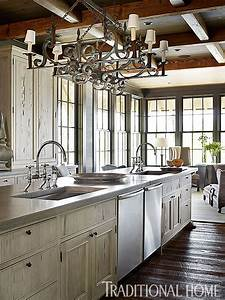 Marvellous Traditional Home Kitchen Designs Photos