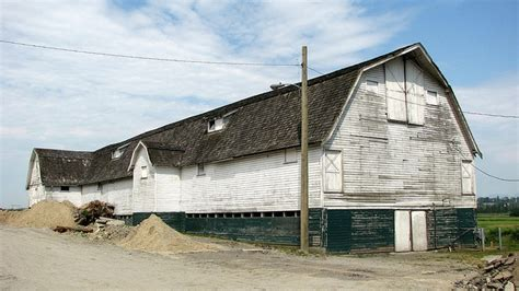 Old Barns And Sheds & Cabins
