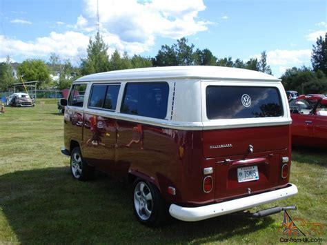 custom volkswagen bus show winning custom 1971 vw bus weekender