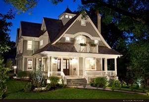 home styles nantucket kitchen island realtor custom homes real estate broker chicago