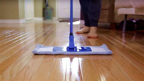 Hardwood Floor Cleaner  Day 5  31 Days of DIY Cleaners