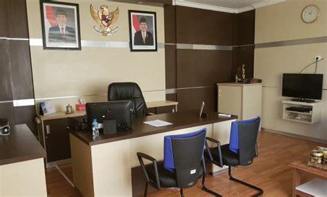 interior kantor minimalis pt asdp balikpapan portofolio